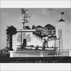 Walker evans billboard painter 1933-34